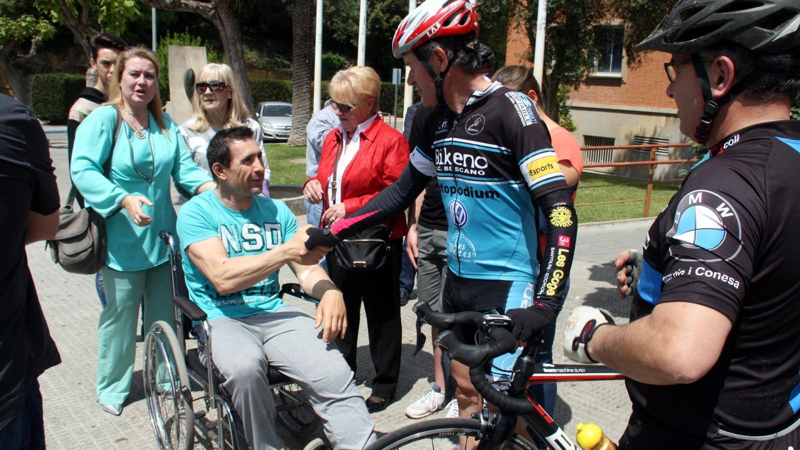 El ciclista atropellat, Josep Antoni Escuredo, ha rebut l'alta al Trueta després d'estar dos dies ingressat / ACN