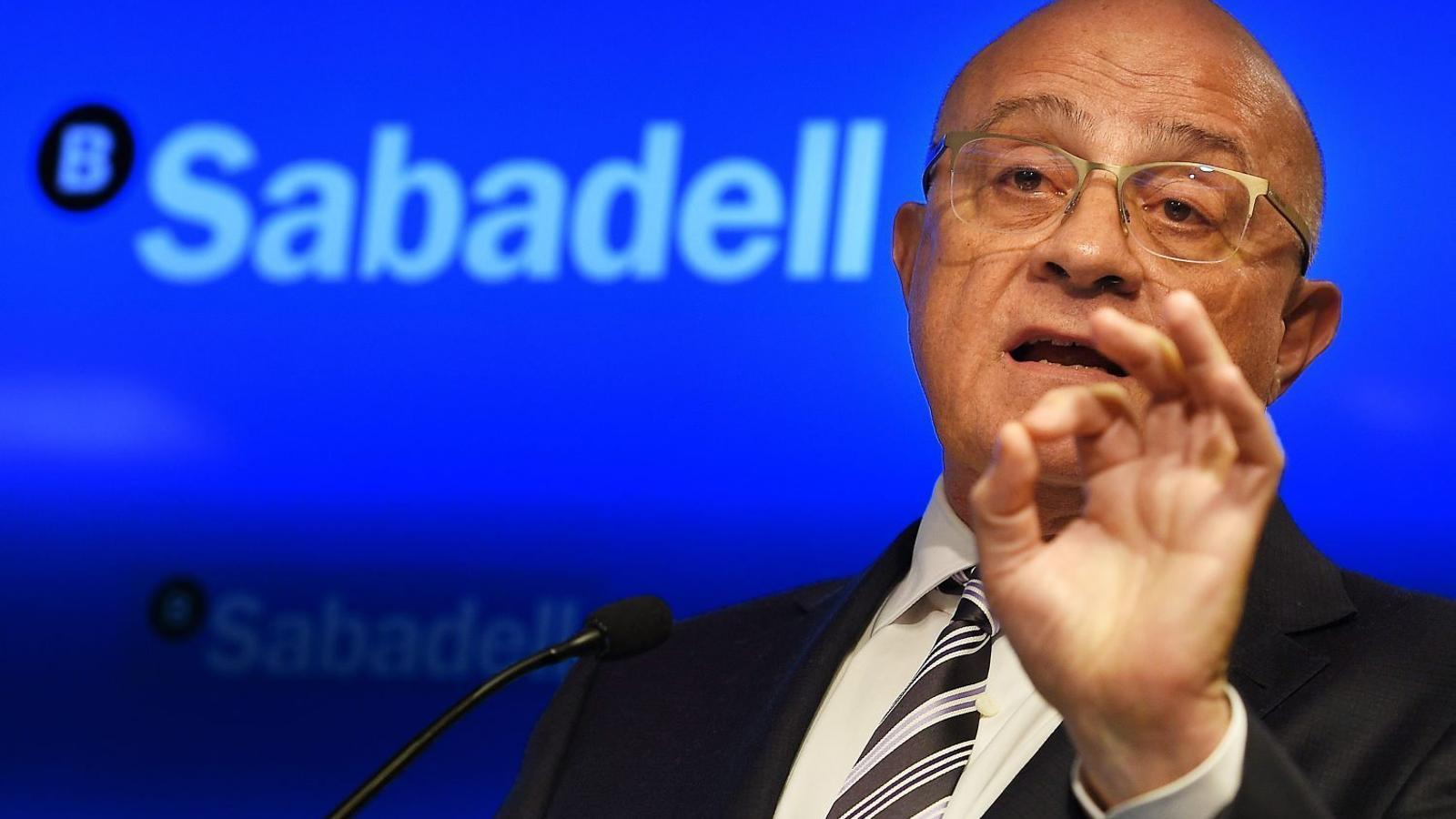 Josep Oliu durant la conferència de premsa de presentació de resultats celebrada ahir.