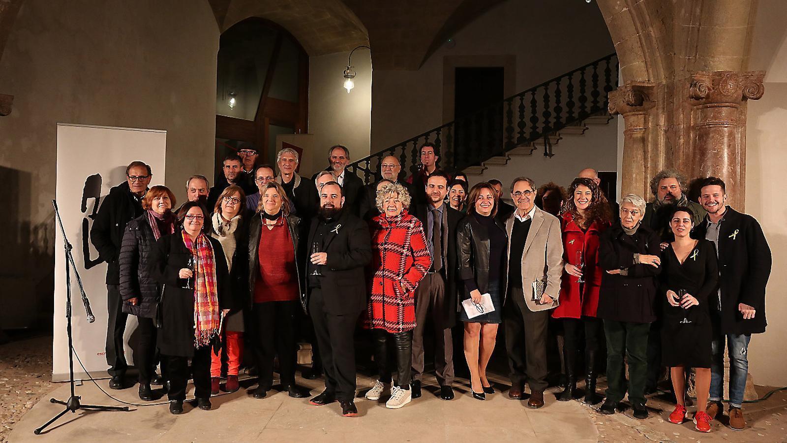 L'Associació d'Escriptors en Llengua Catalana celebrà el 40è aniversari de l'associació a Can Balaguer.