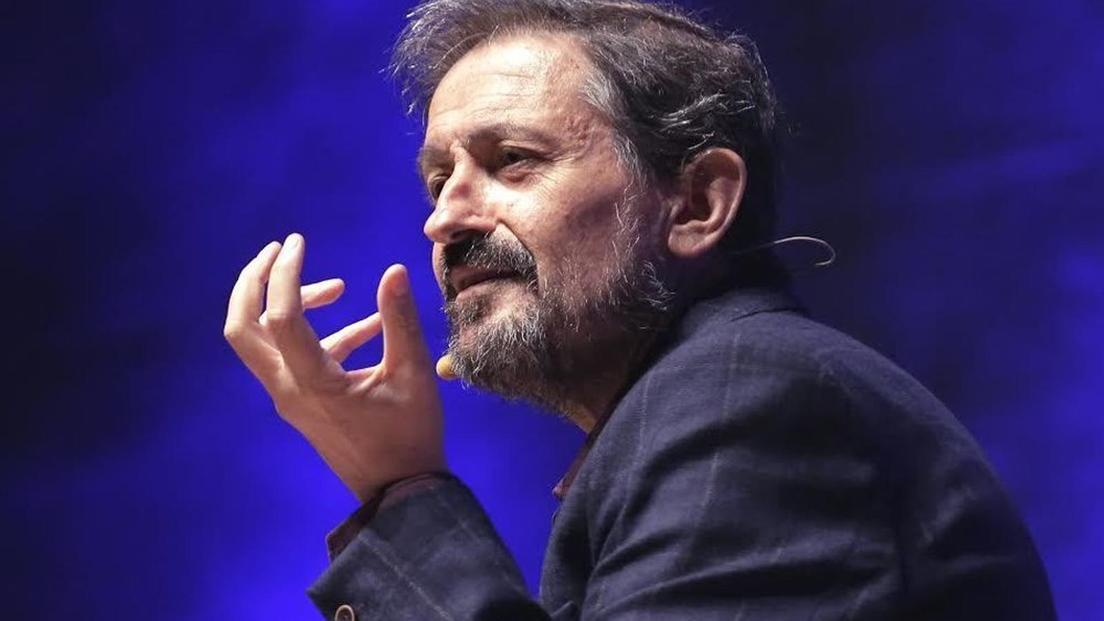 'Viure amb humor', el monòleg de Carles Capdevila