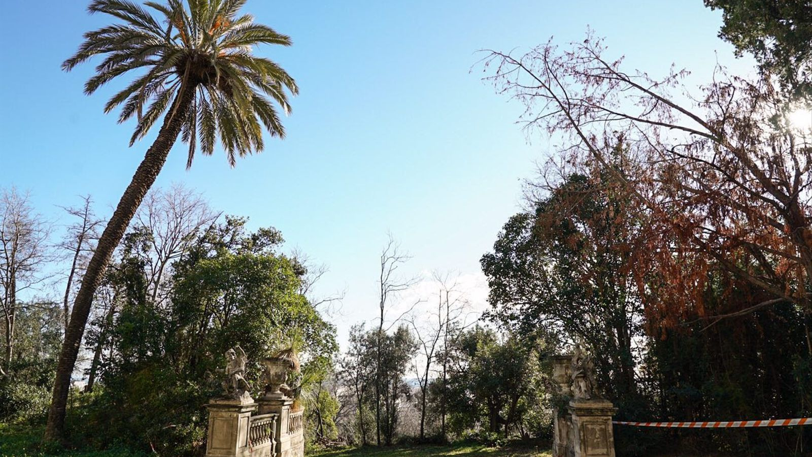 Barcelona projecta una gran illa verda al Guinardó