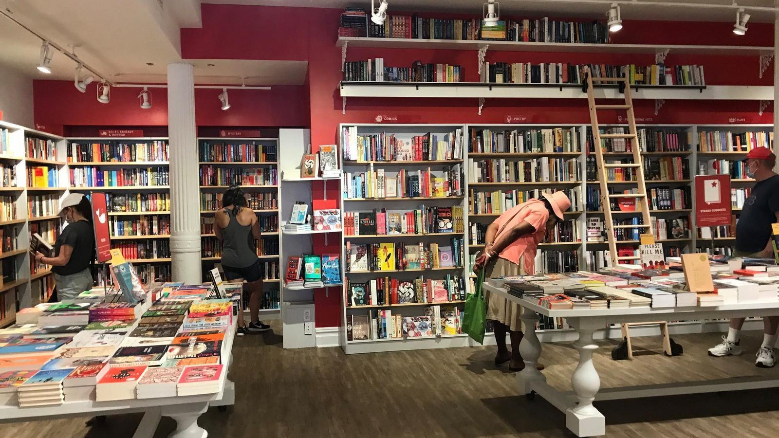 Fotos d'arxiu de l'històrica llibreria