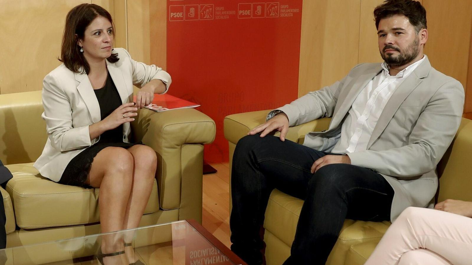Adriana Lastra (PSOE) i Gabriel Rufián (ERC) en una imatge d'arxiu.