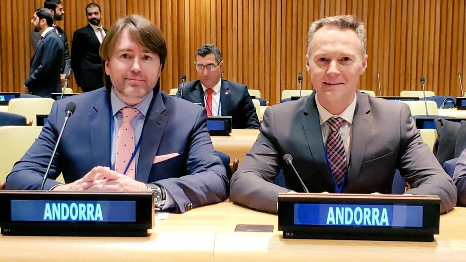 Carles Naudi i Ferran Costa, a la seu de Nacions Unides a Nova York. / LIBERALS ANDORRA