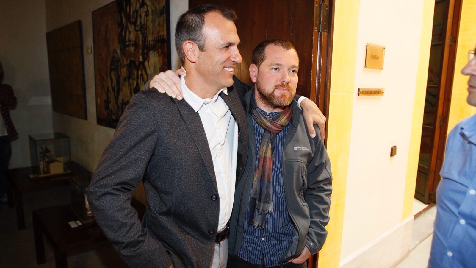 Barceló i David Abril, excoordinador d'Iniciativa, aquest dijous.