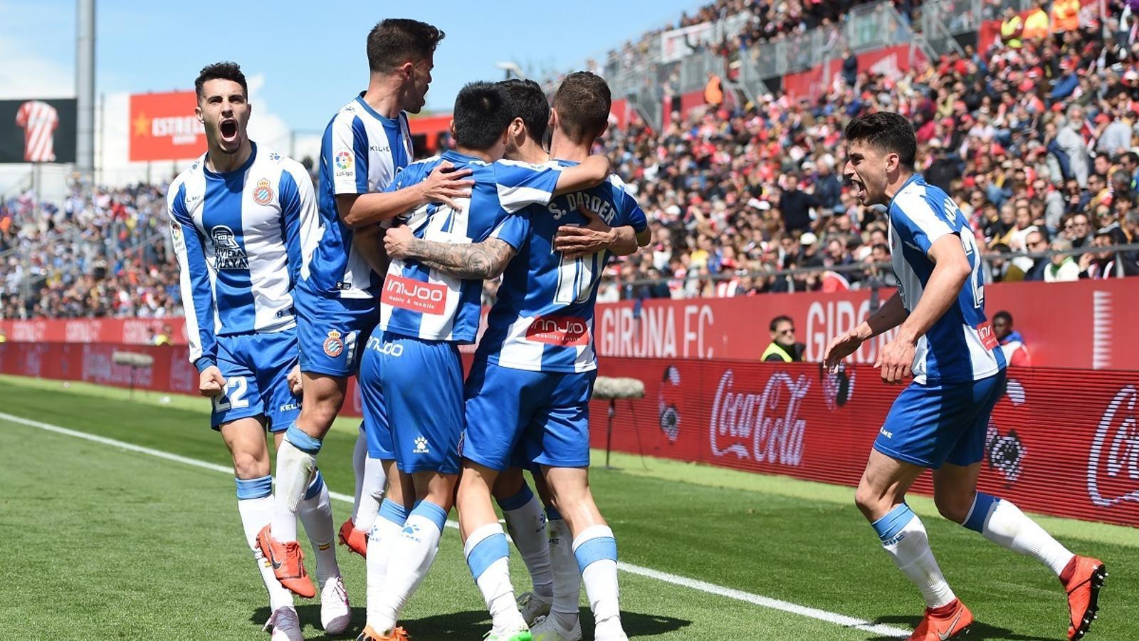 L'Espanyol treu de polleguera un Girona que haurà de continuar lluitant (1-2)