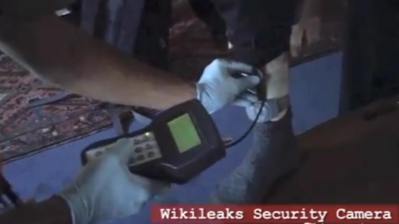 Wikileaks denuncia en un vídeo les condicions de la detenció de Julian Assange