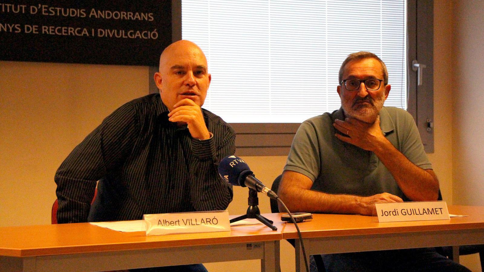 Els responsables del centre Albert Villaró i Jordi Guillamet el dia de la presentació de les beques. / ARXIU ANA