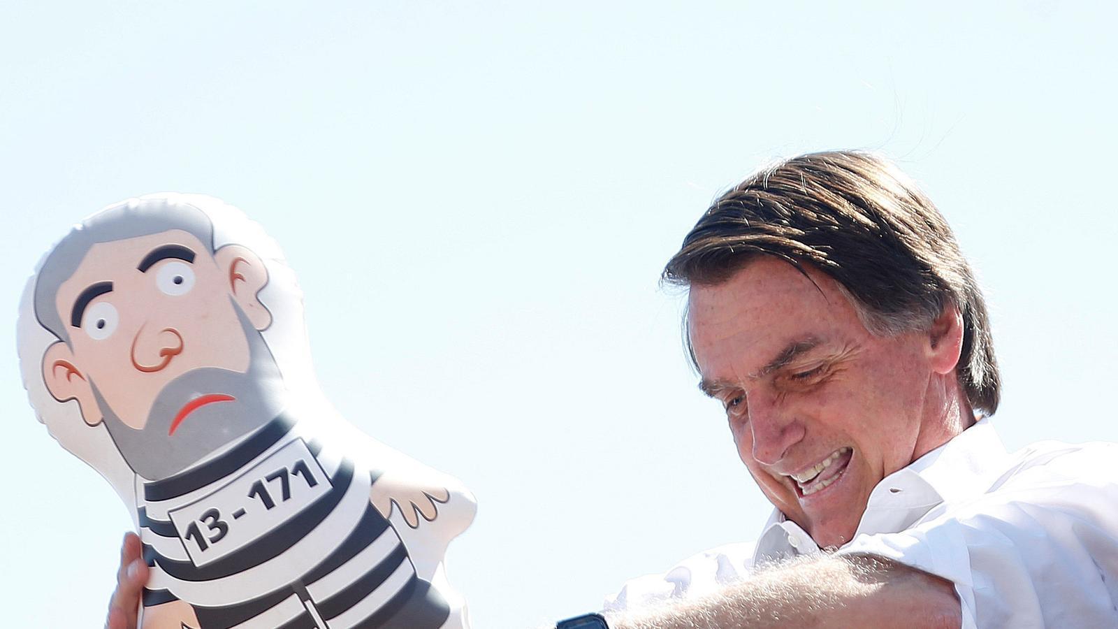 Jair Bolsonaro, un militar que lloa la dictadura de Pinochet