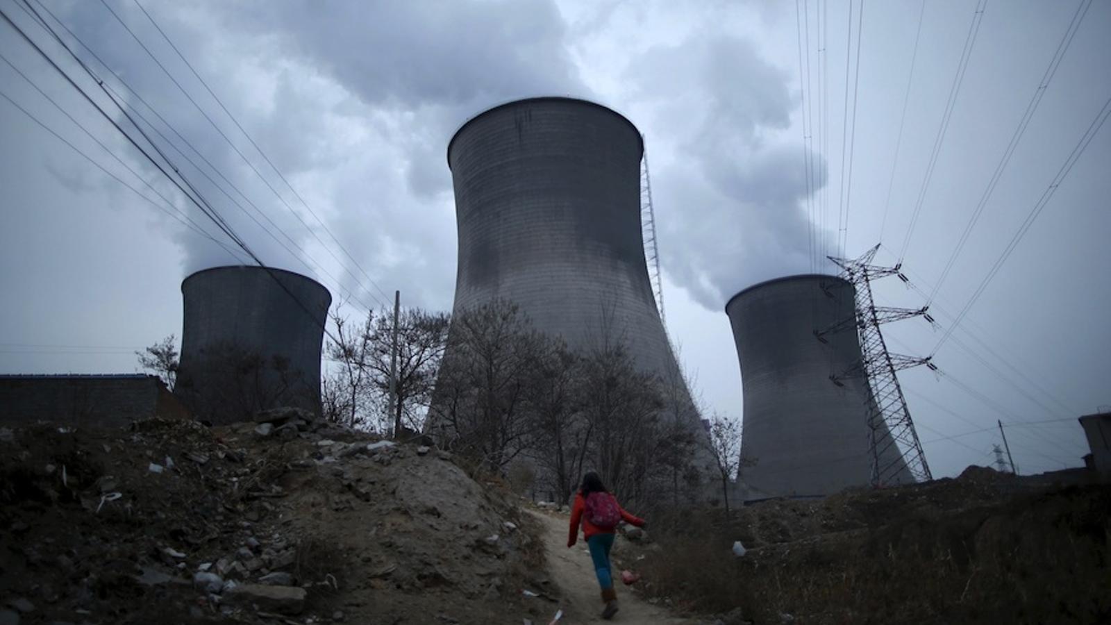 El creixement en les emissions de CO2 s'alenteix. / Reuters