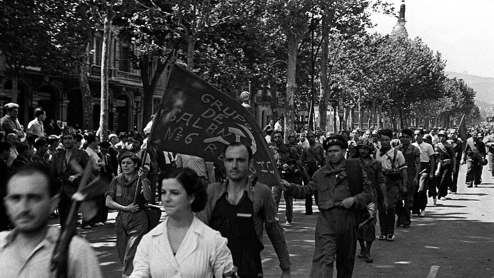 Desfilada de milicians que van enderrocar el cop d'estat de Barcelona del 18 de juliol de 1936