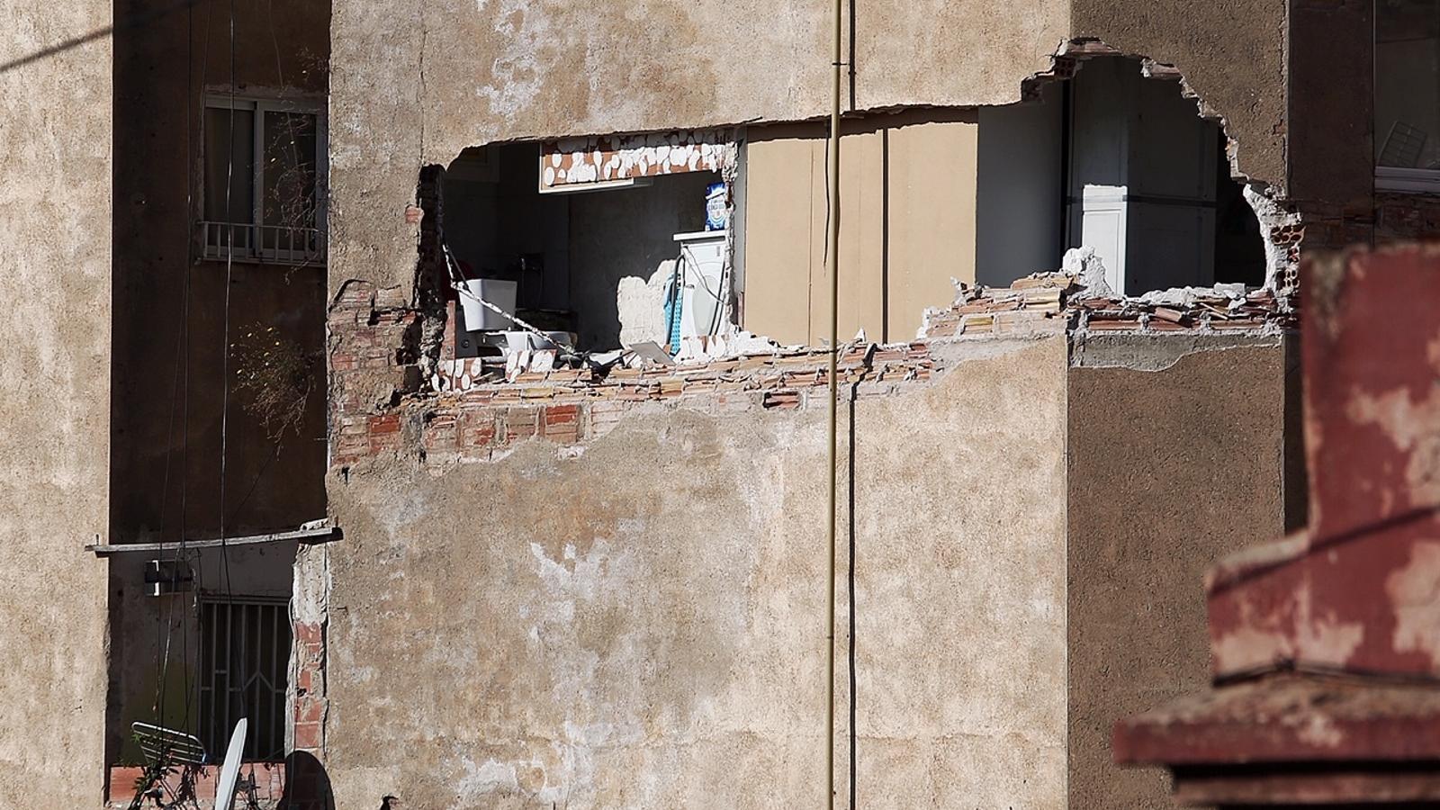 L'edifici que s'ha hagut de desallotjar a Barcelona.