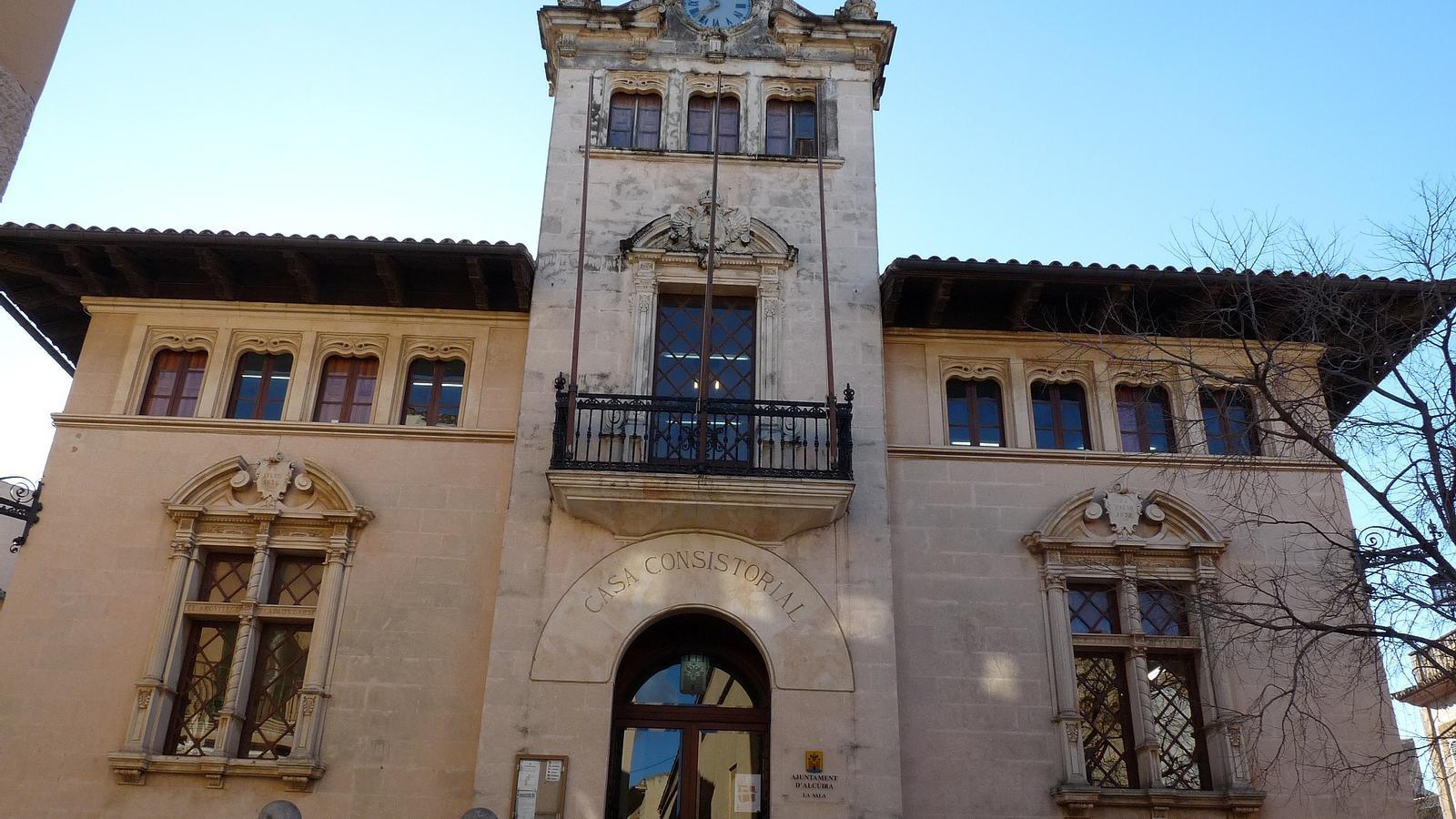 Ajuntament d'Alcúdia./ ARXIU