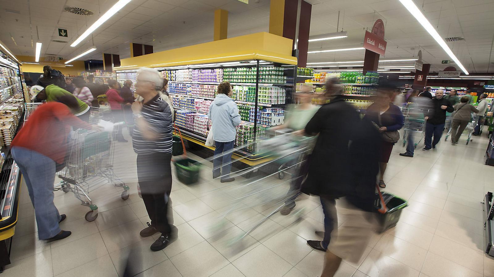 Mercadona és la cadena de supermercats líder, seguida de Carrefour, Dia, Eroski i Lidl.
