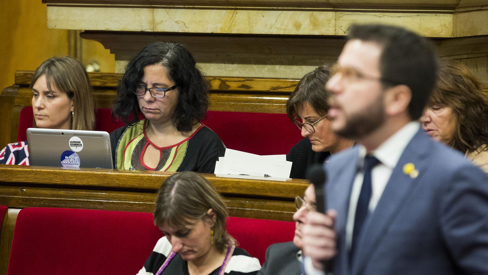 Aragonès i Albiach en una imatge al Parlament d'abans de la pandèmia / PERE VIRGILI