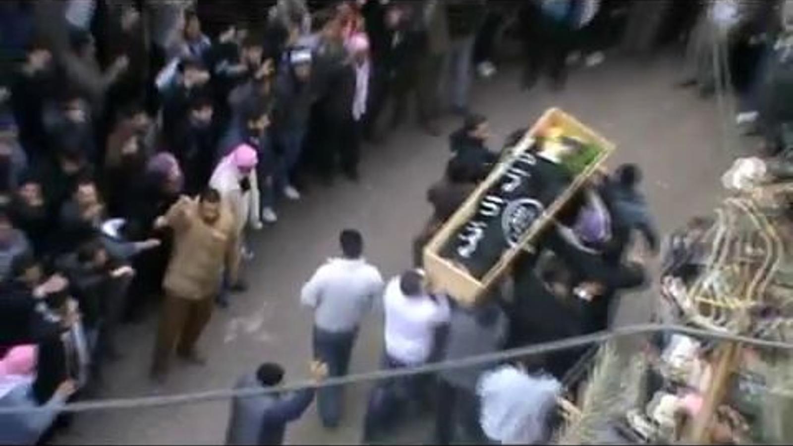 Funeral per l'activista Al-Hussain