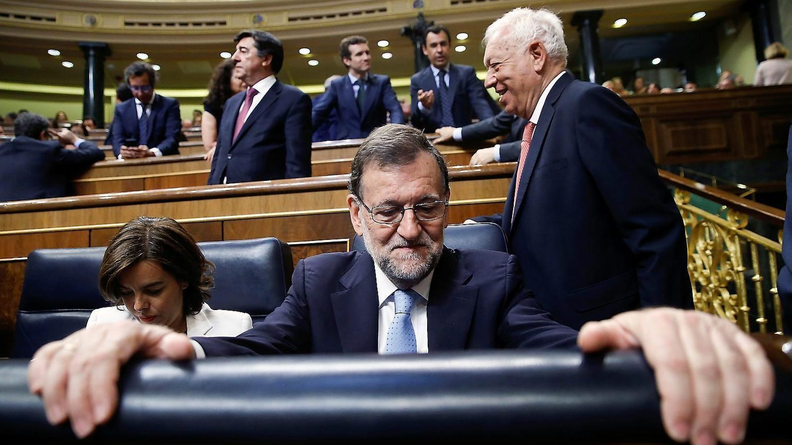 Mariano Rajoy i la seva número dos, Soraya Sáenz de Santamaría, durant el ple de constitució del Congrés.