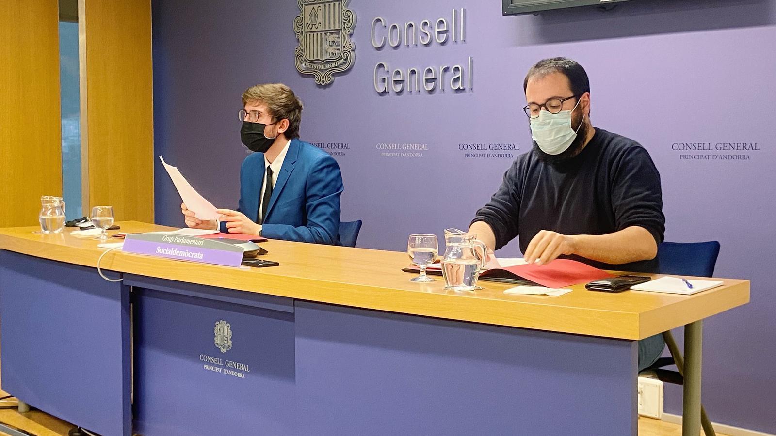 Els consellers Roger Padreny i Carles Sánchez. / PS