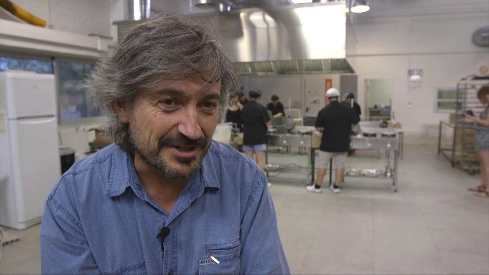 Carles Capdevila explica l'origen dels arrugats de l'obrador El Rosal, de Tàrrega