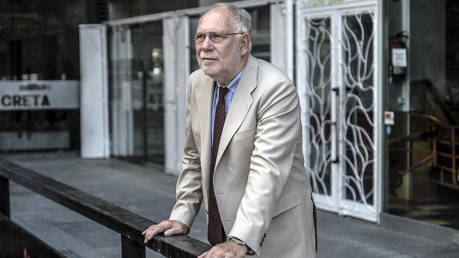 """ERNESTOEKAIZER: """"Els cossos de seguretat de l'Estat marquen l'agenda informativa i política d'Espanya"""""""