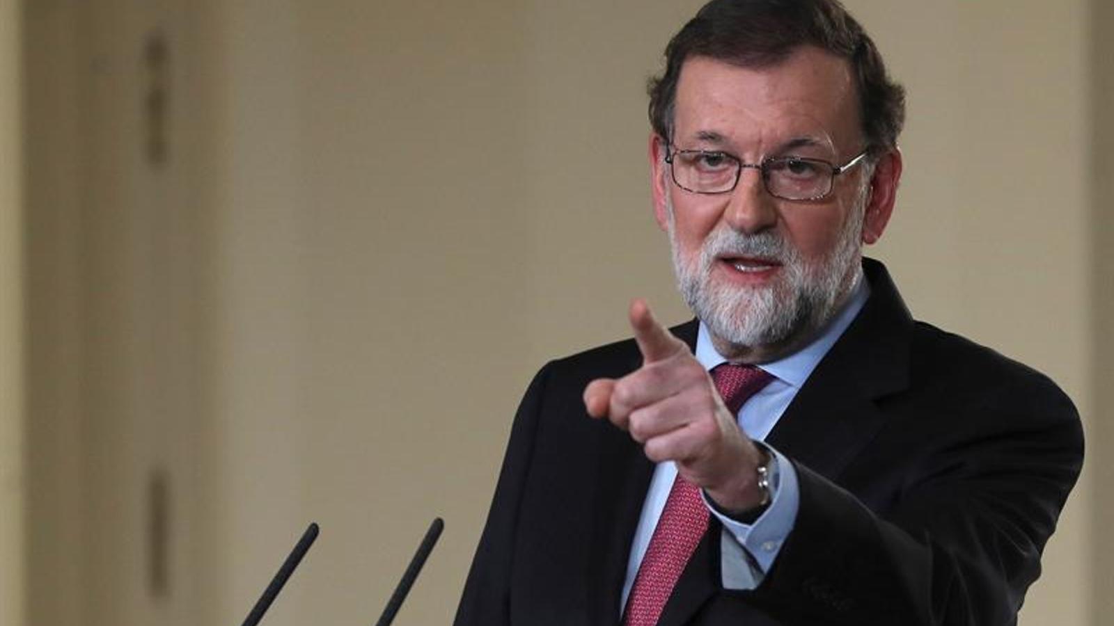 """Rajoy fixa la constitució del Parlament per al 17 de gener i insta el nou Govern a """"no tornar a posar-lo a prova"""""""