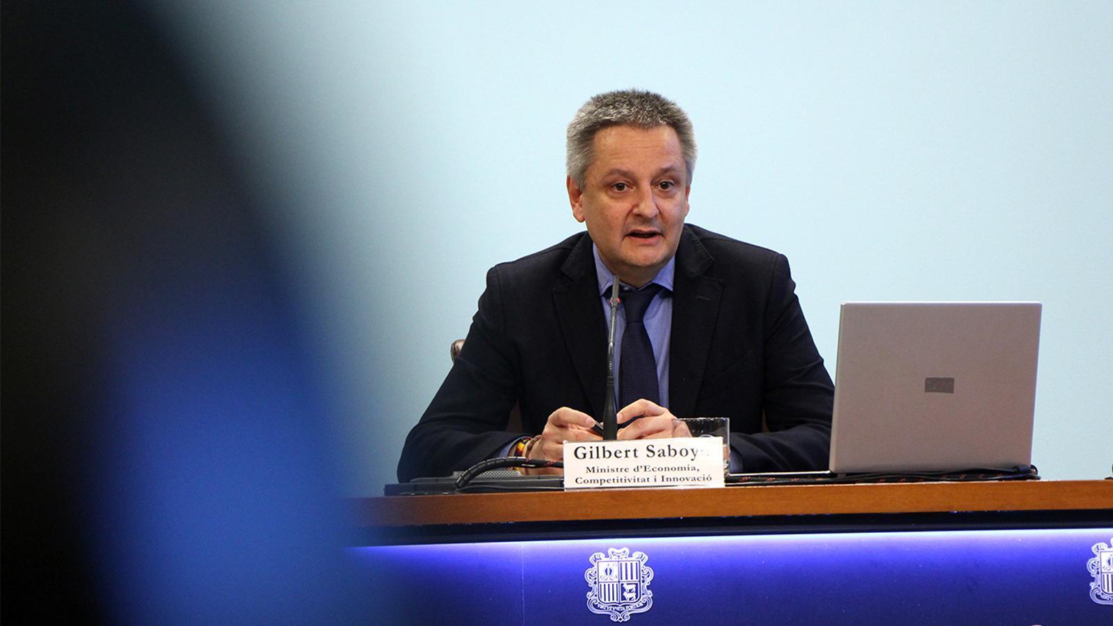 El ministre d'Economia, Competitivitat i Innovació, Gilbert Saboya, durant la presentació del nou concurs de les línies d'autobús. / M. M. (ANA)