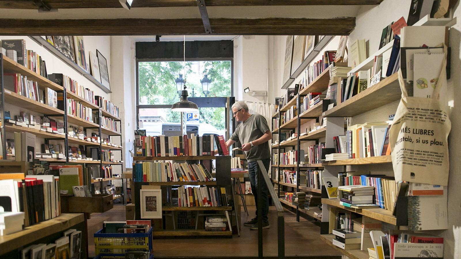 Una tardor amb menys llibreries posa en alerta el sector