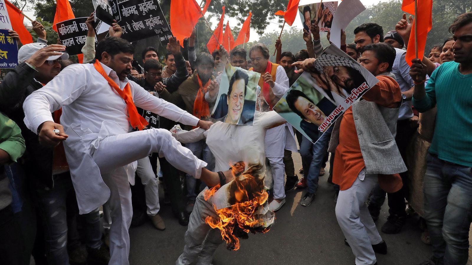 Es revifa la tensió entre el Pakistan i l'Índia arran d'un atemptat al Caixmir