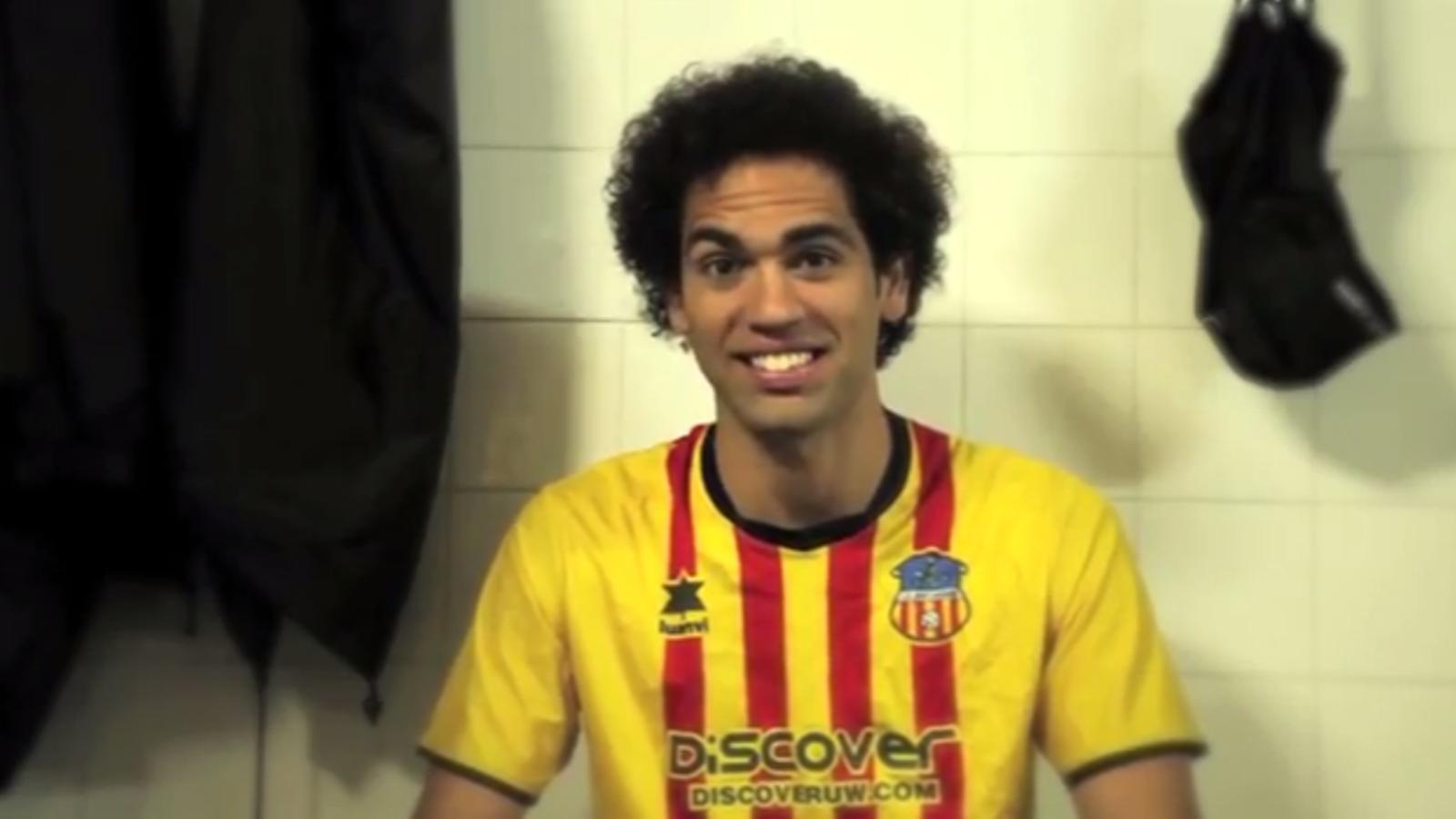 Som els quadribarrats, Quim Araujo respon Enrique Cerezo en un original vídeo del Sant Andreu
