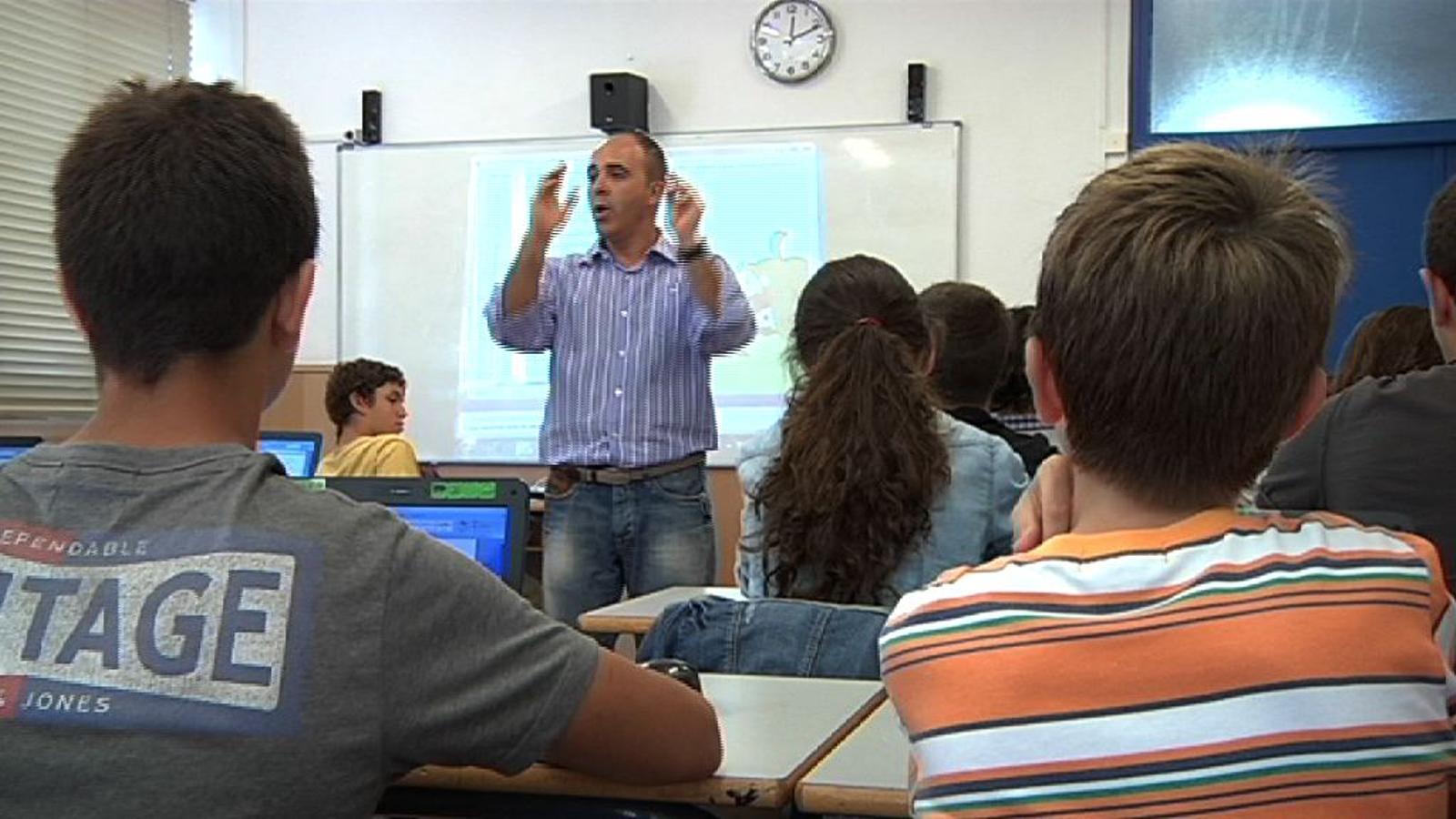 ARA Mestres: Assistim a una classe de català d'alumnes d'ESO