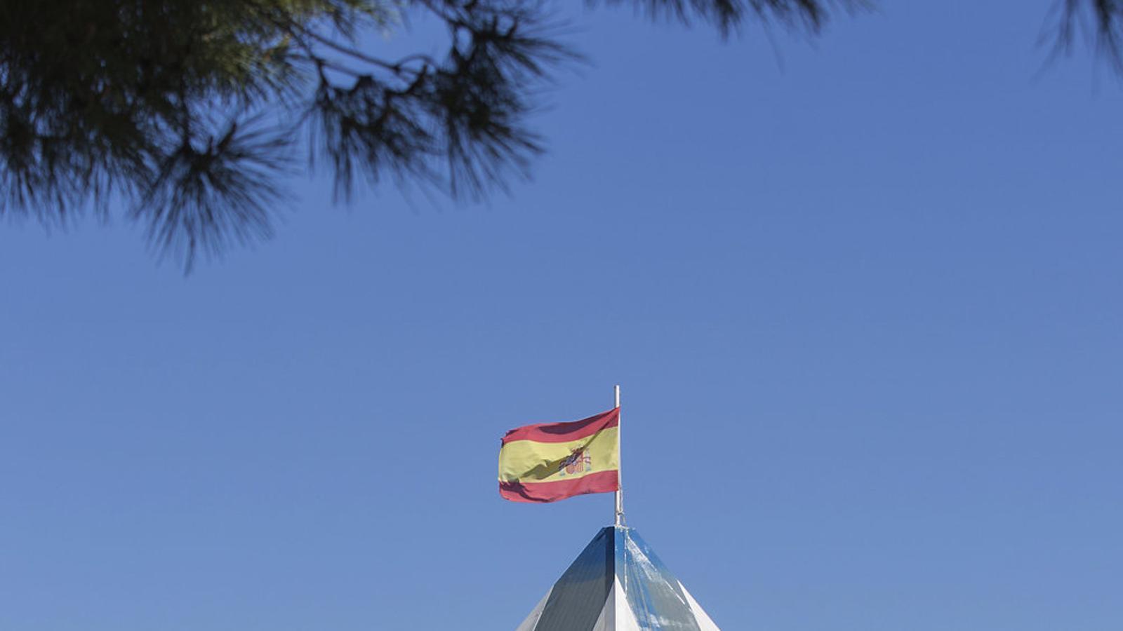El CIE de Barcelona expulsa cada any menys interns