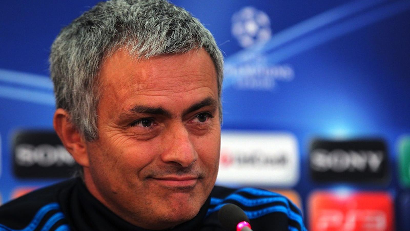 Mourinho nega haver estat ell qui ha imposat la llei del silenci