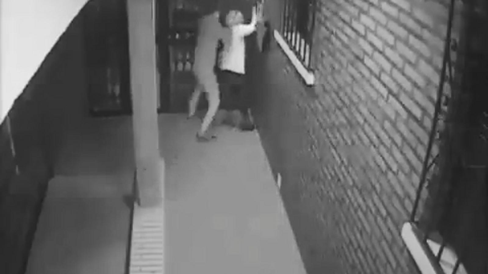 Detingut l'autor d'una brutal agressió a una dona per robar-li la bossa