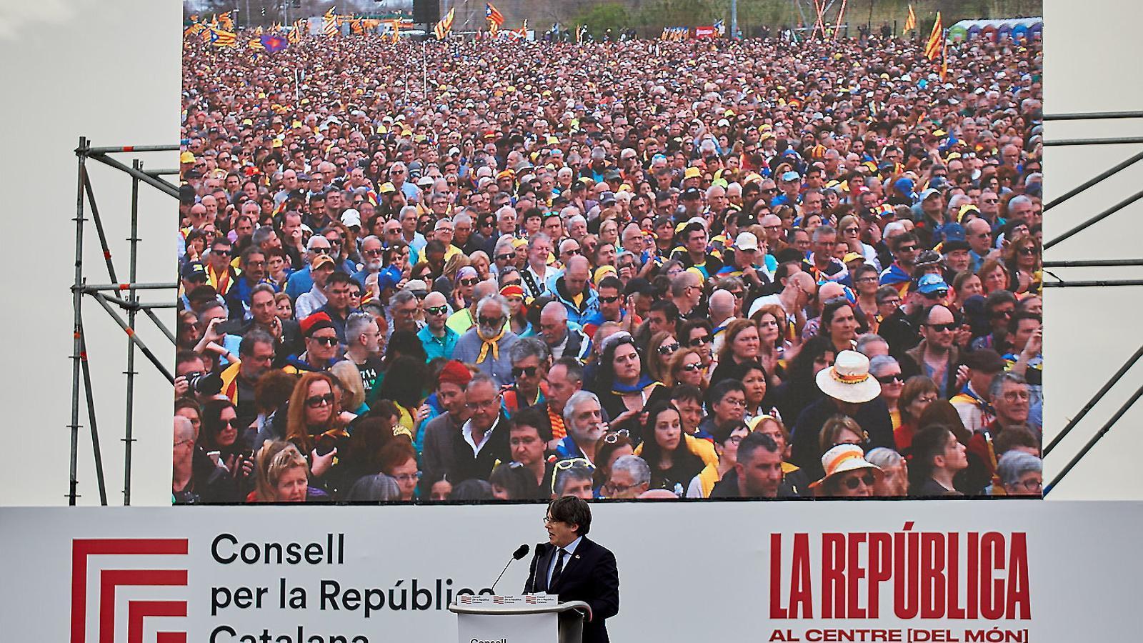 L'expresident  Carles Puigdemont en l'acte de Perpinyà del febrer passat organitzat pel Consell per la República.