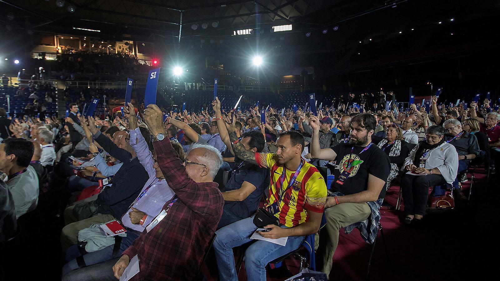 El 60% dels compromissaris del Barça van avalar el vot electrònic, però la proposta no es va aprovar perquè calien dos terços dels suports.