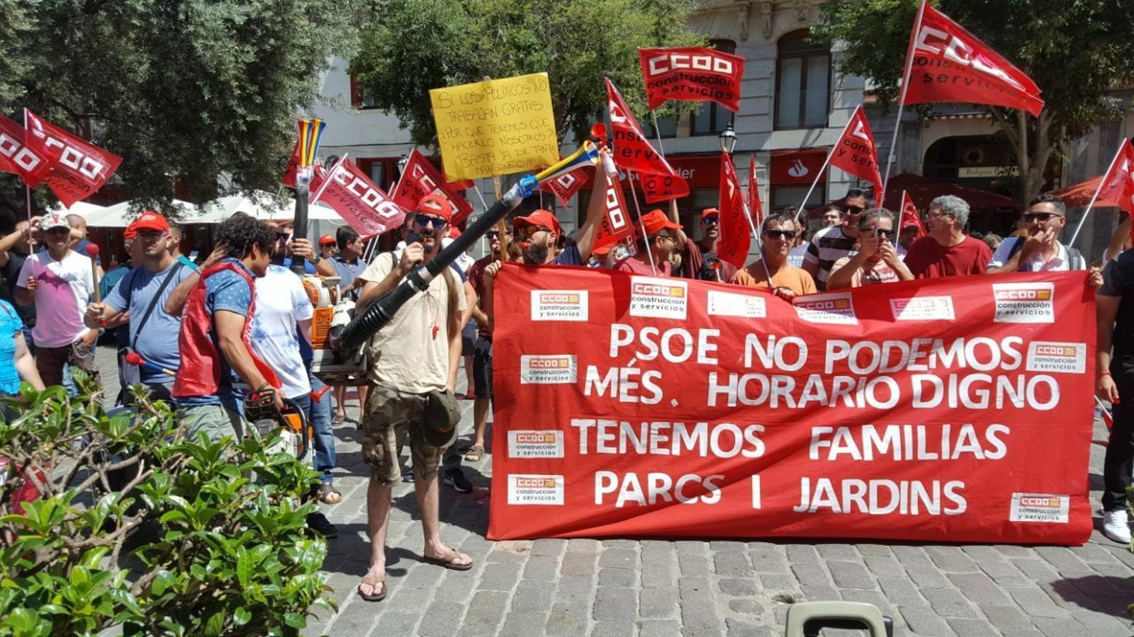 Protestes treballadors Parcs i Jardins