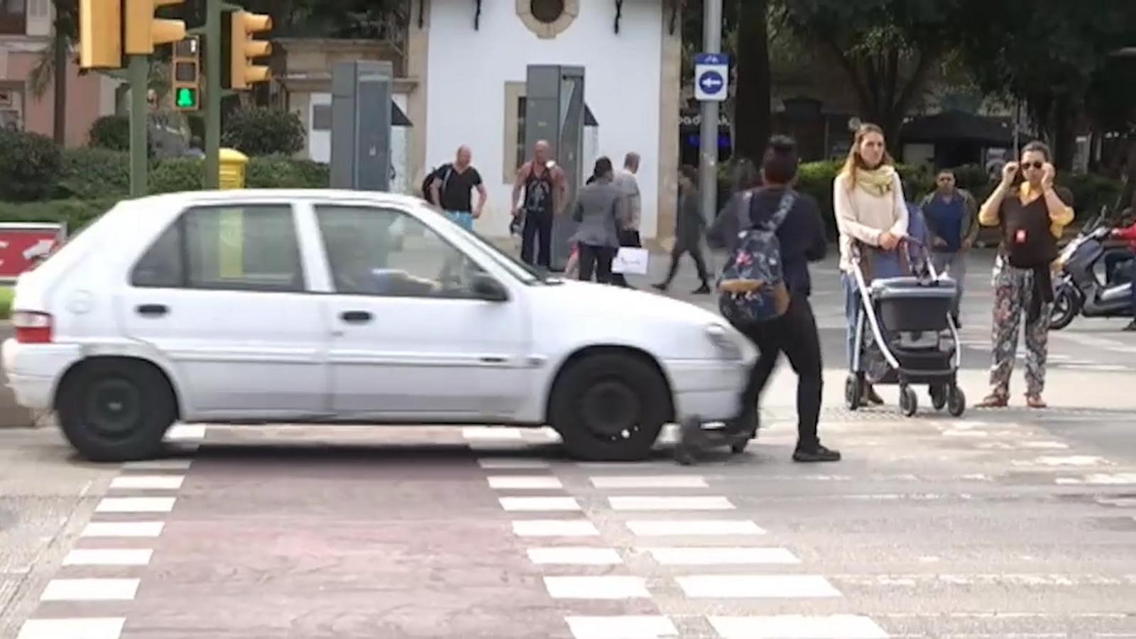 Vídeo de l'entrevista i el posterior accident de la dona a Palma