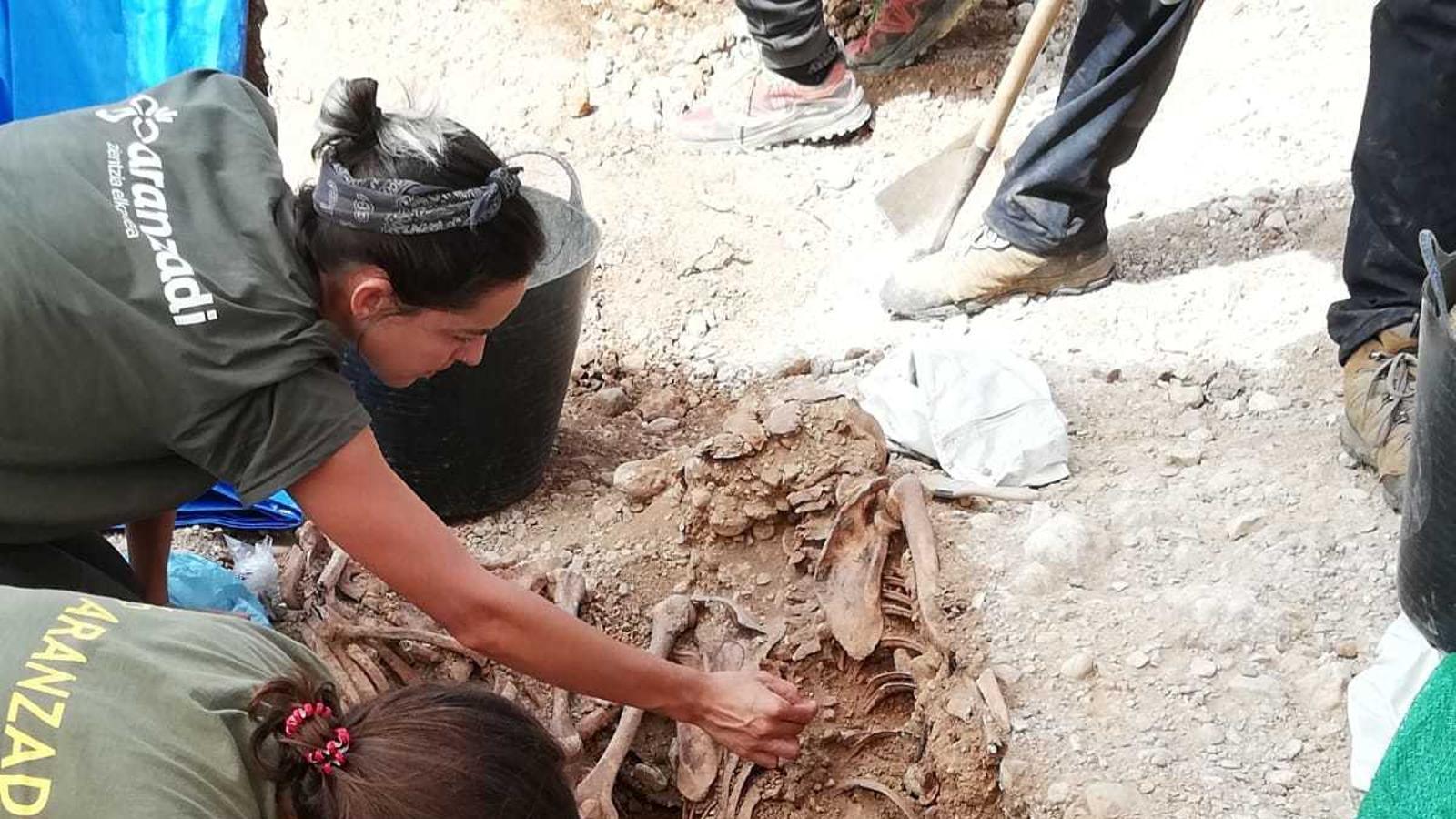 Localitzen els primers cossos a la fossa de Marratxí