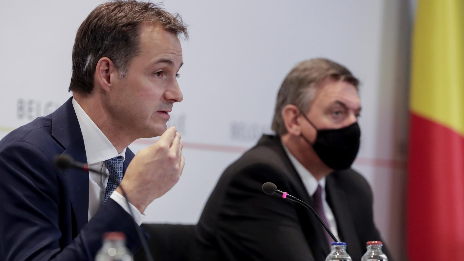 El primer ministre belga, Alexander de Croo, aquest divendres en roda de premsa.