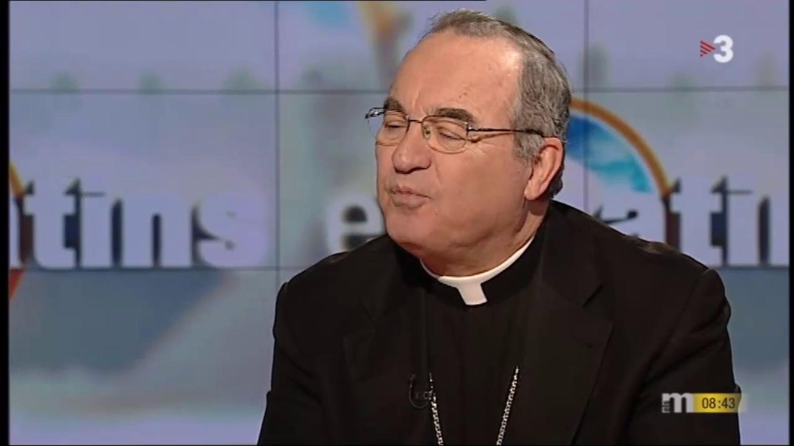 L'arquebisbe de Tarragona diu que les dones no poden fer missa com ell no pot tenir fills