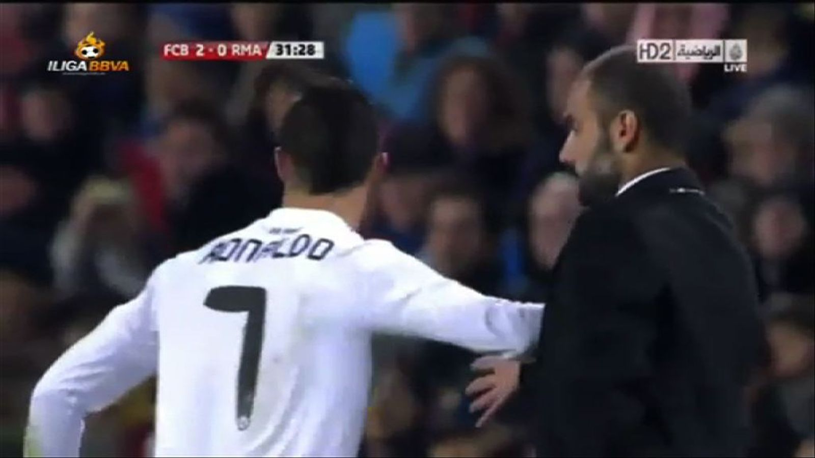 Cristiano empenta a Guardiola