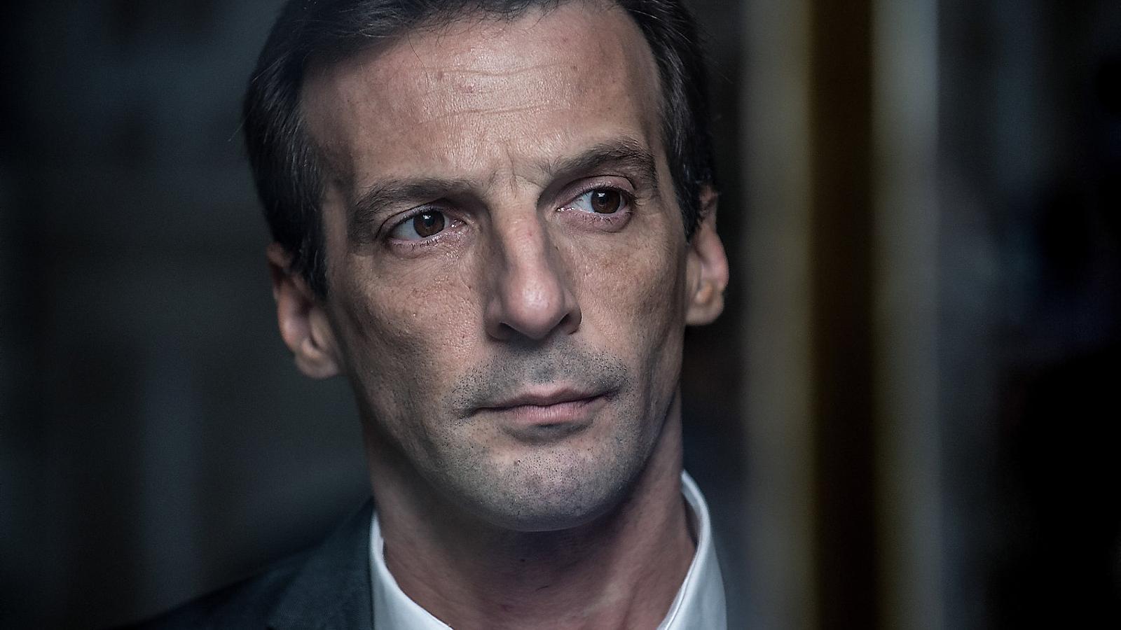 La francesa oficina de infiltrados torna a movistar for Oficina de infiltrados