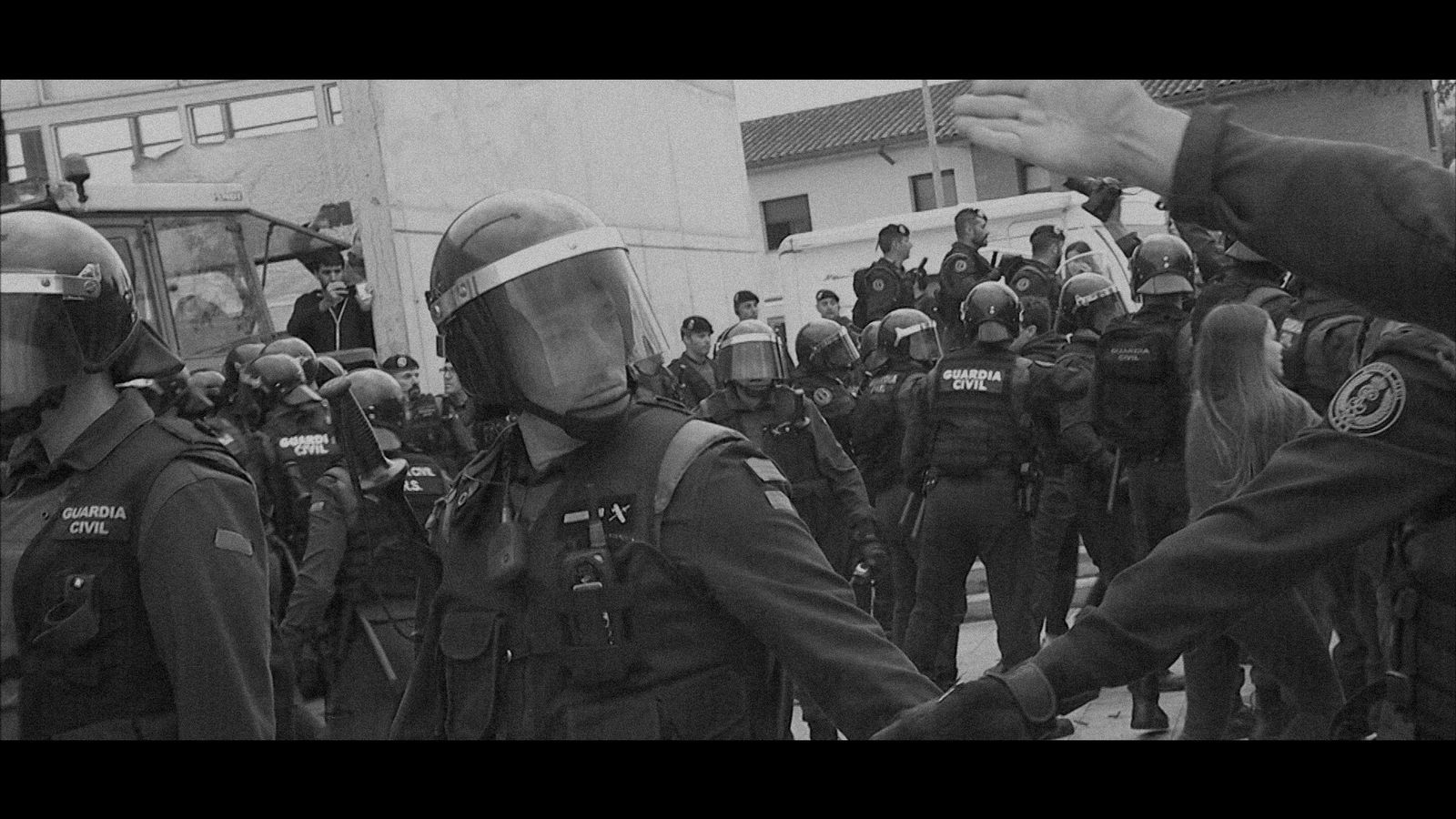TV3 emetrà demà '1-O, cas obert', documental sobre l'operatiu policial contra el referèndum