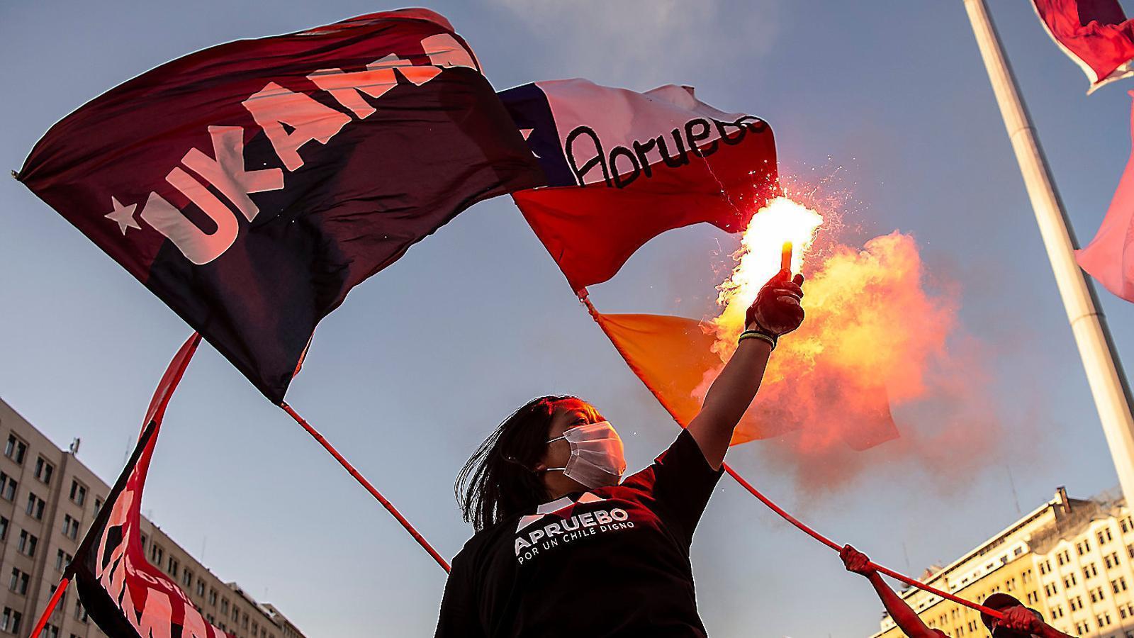 Xile vota si canvia la Constitució de Pinochet