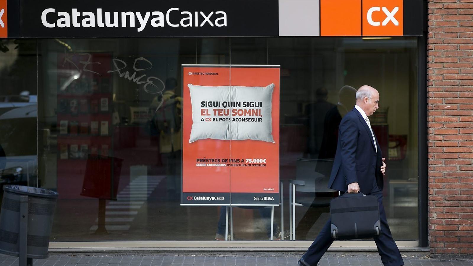 Catalunyacaixa tanca web i oficines per fer la fusi for Bbva oficines barcelona