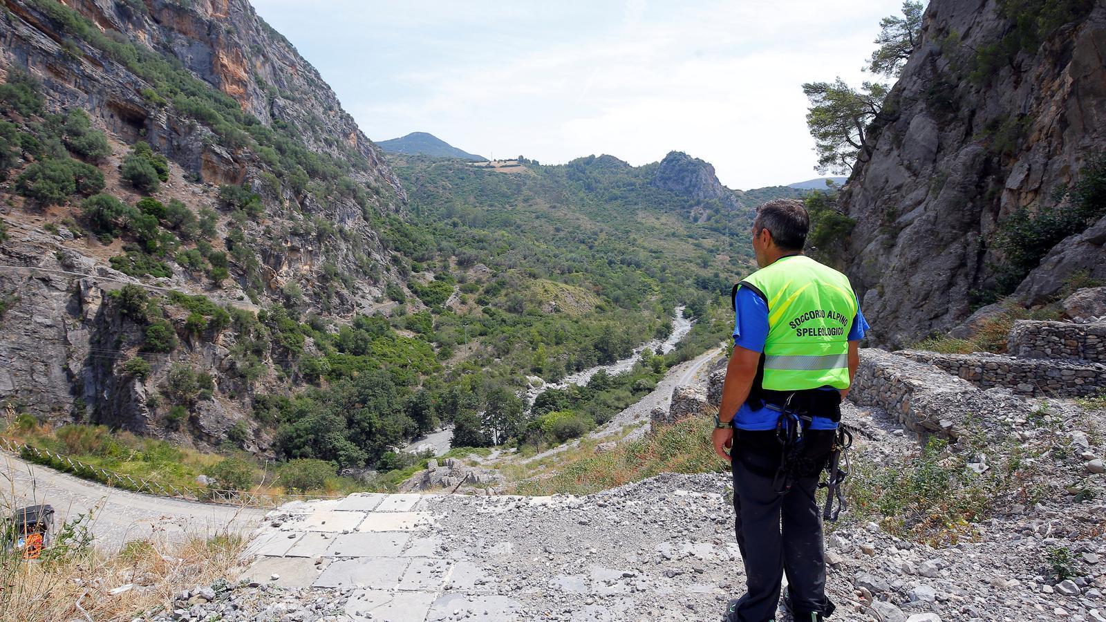 Personal d'emergència a les gorgues de Raganello, al sud d'Itàlia.