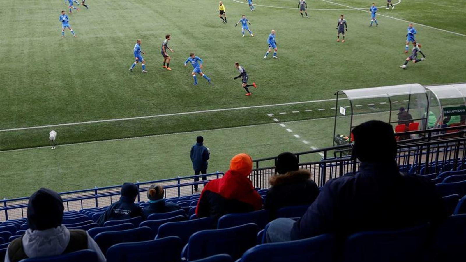 Bielorrusia, el país donde se permite el fútbol con los espectadores a pesar del coronavirus (Toni Padilla)