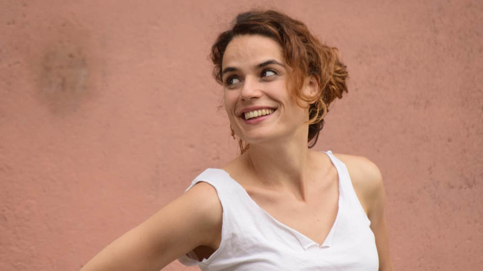 La directora i dramaturga Lara Díez Quintanilla