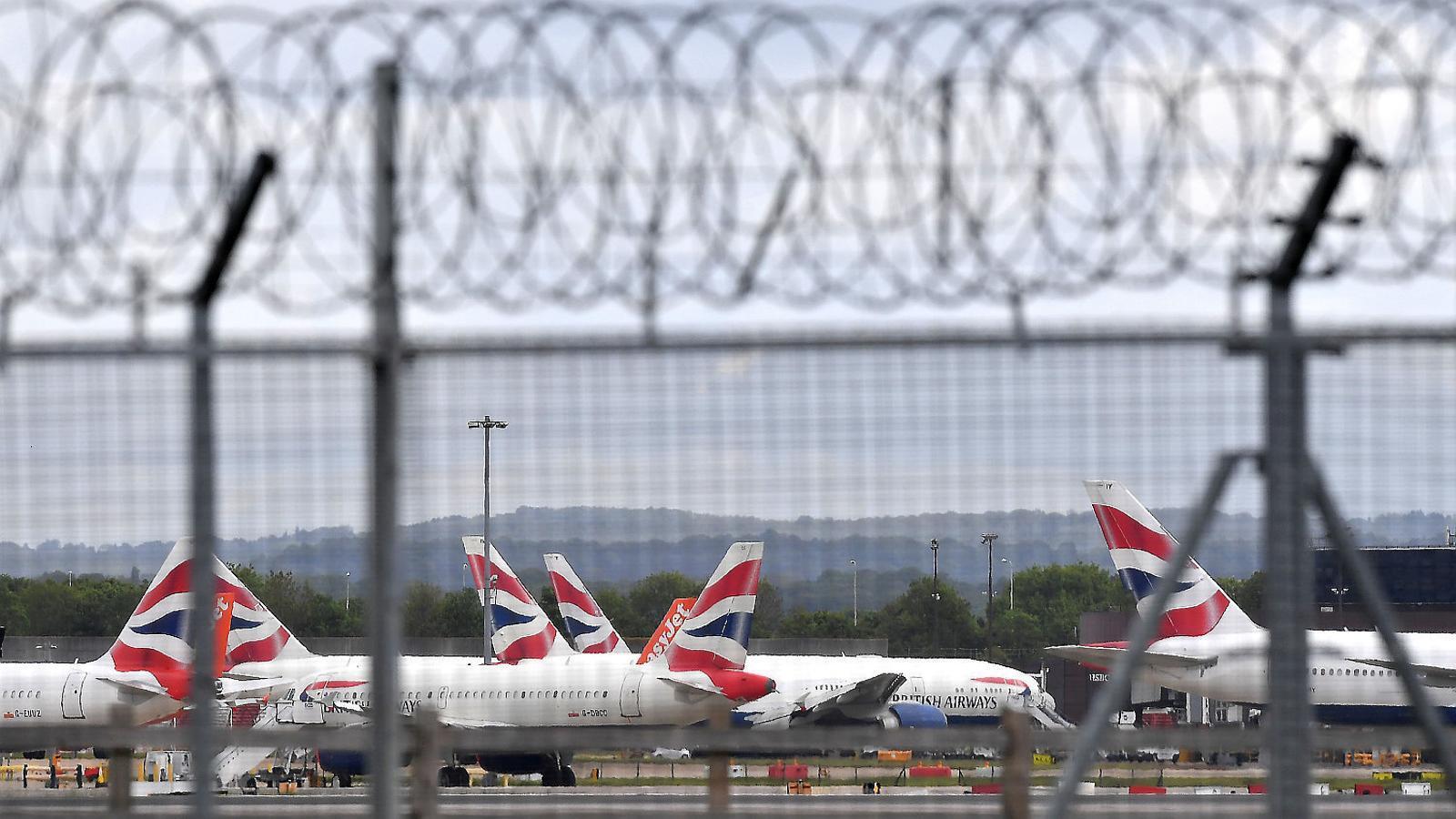 Els ingressos del hòlding d'aerolínies IAG es van retallar un 83%, fins als 1.200 milions.