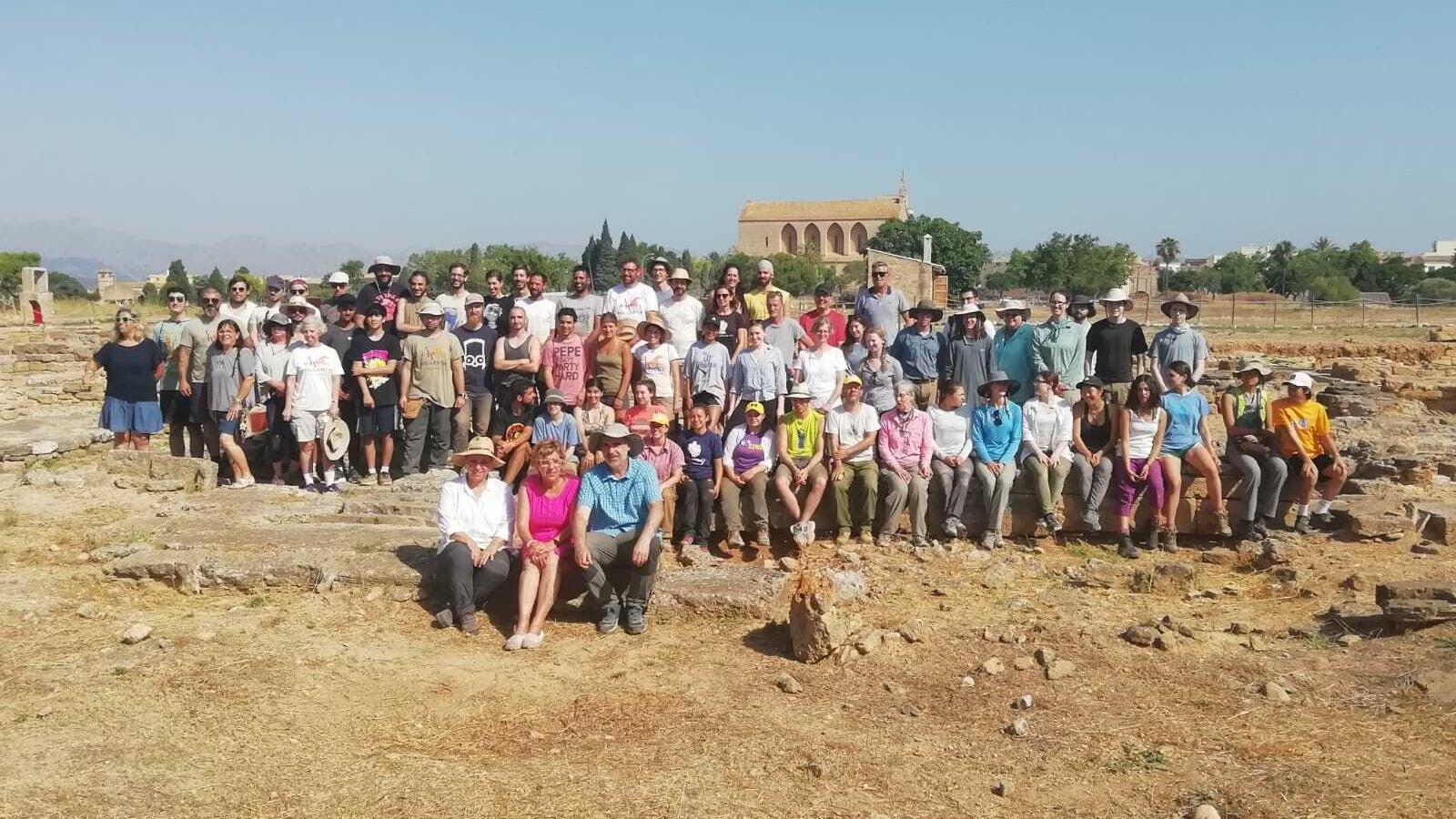 Fotografia del grup de participants inicials al qual hi haurà més incorporacions.